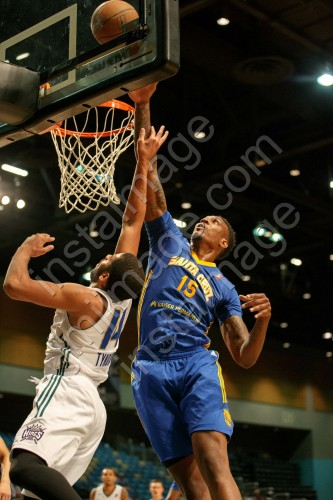 Santa Cruz Warrior Center JARRED SHAW (15)