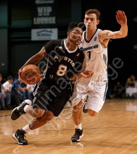 Austin Spurs Guard KEIFER SYKES (8)