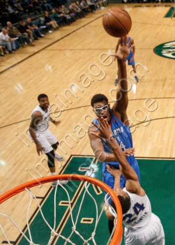 Oklahoma City Blue Center DAKARI JOHNSON (44)