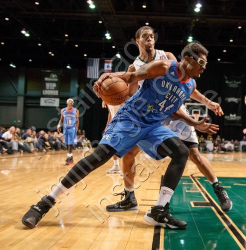 Oklahoma City Blue Center DAKARI JOHNSON (44)