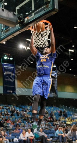 Santa Cruz Warrior Forward CHRIS UDOFIA (24)