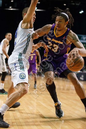 Los Angeles D-Fender Forward JUSTIN HARPER (23)