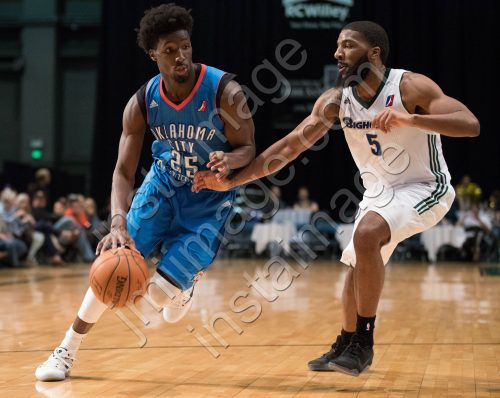 Oklahoma City Blue Guard DANIEL HAMILTON (25)